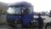 شاحنة مرسيدس 2004 ميجا سبيس