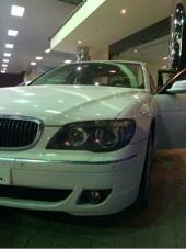 ابيض BMW 730i للبيع في الرياض