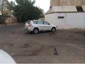 سيارة راف فور موديل 2011 نضيفة