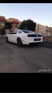 للبيع موستينج ابيض GT 2013