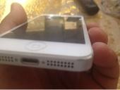 ايفون 5 بحالة ممتازة للبيع او التبديل مع ايباد 4 يدعم اتصال