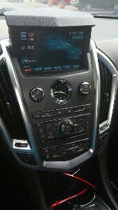 للفخامه عنوان SRX Cadillac