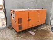 مكينة كهرباء مولد 25 كيلو بيركنز 2013 استخدام شخصي