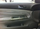 سياره فولكس واجن باسات (عائلية) للبيع موديل 2002