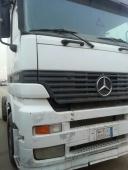 شاحنة اكتروس1843  للبيع موديل 2000