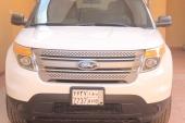 اكسبلورر2013  ستاندر دبل 4WD ماشي 23 الف للبيع ب 95 الف ريال
