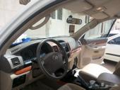 سيارة برادو أبيض لولي أربعة سلندر جير عادى موديل 2008