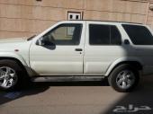 للبيع سيارة باثفندر 2002 نيسان فل كامل
