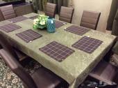 للبيع طاولة طعام شبه جديد لم تستخدم الا مرتين سعر شرائها 8000 آلاف من سنتر بوينت