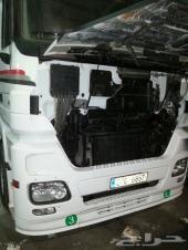 راس شاحنة مرسيدس اكترس نظيفة جدا