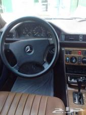 سيارة مرسيدس 230 معروضة للبيع