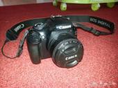 كاميرا كانون canon 1100D مع عدسة عزل 50 mm