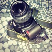 كاميرا نيكون d3100 الاحترافيه للبيع