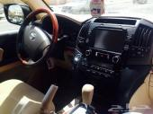 جيب لاندكروزر  2012 مع لوحه مميزه