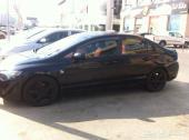للبيع سيارة هوندا سيفيك أسود موديل 2009
