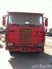 سياره اسكانيا  للبيع موديل 92 صفراء وموديل 82 حمراء ابو فهد   للاتصال 0546206854