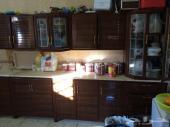 مطبخ وغرفة نوم و4مكيفات للبيع