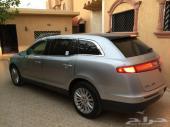 للبيع لينكون MKT 2012  فل كامل مميزات VIP نظيف ماشي 80 الف بالكيلو ولا مانع من البدل