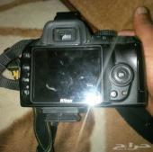 كاميرا نيكون D3000 للبيع في مكه او جده