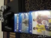 بلايستيشن 4 Playstation مع ثلاث أشرطة وجهازين تحكم