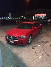 للبيع دودج شارجر 2012 اللون احمر 6 سلندر سعودي