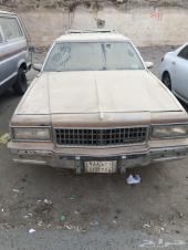 للبيع سيارة كابريس بوكس موديل 1988 ( تشيلح أو أستخدام )