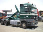 مرسيدس اكتروس  2002 الحجم 2543 شاحنة  هوك لرفع الحاويات