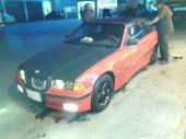 للبيع او البدل BMW 318i . كشف.