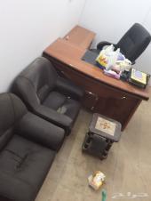 اثاث مكتبي ينفع لمكتب عقار او تقسيط او خدمات عامة