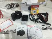 كاميرا كانون 650D مع العدسة الاصلية نظيف واستعمال خفيف