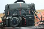 كاميرا كانون D1100 ... شبة جديدة