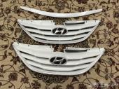 للبيع 2 شبك أمامي وكاله هونداي سوناتا 2012 لون أبيض جديد