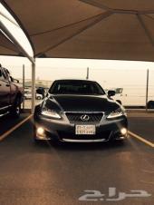 لكزس اي اس 300موديل 2013 رمادي اللون داخلية جملي و اسود Lexus IS 300 2013