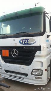 شاحنات مرسيدس اكتروس للايجار بدون سائق