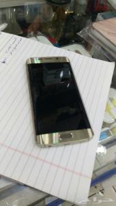 جالكسي s6 edge .. 64 GB .. اللون ذهبي .. شبه جديد استعمال 3 ايام