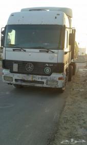 شاحنة مرسيدس مديل 2002