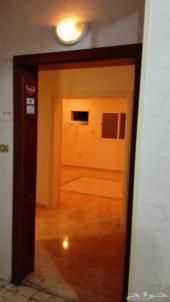 شقة للبيع بحي السلامة 4 غرف بسعر مغري