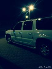 يوكن دينالي موديل 2001 للبيع أو البدل بسيارة مناسبة
