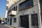 فيلا للبيع في الاردن-عمان مكونة من ثلاثة طوابق تصلح للاستثمار
