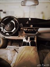 للبيع سيارة لكزس موديل 2013