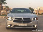 للبيع تشارجر 2012 فضي V6