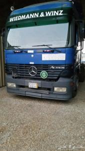 شاحنة اكتروس 2002