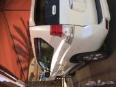 برادو 4 سلندر اللون ابيض لولي غاية المستخدم