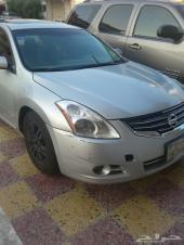 Nissan Altima 2011 فل كامل - فتحة سقف - جناح -