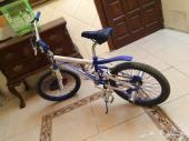 دراجة كوبرا نظيفة جدا للبيع والله اشتريتها و ما استخدمتها الا نادرا بكراتينها الدراجه