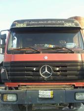 للبيع عدد 2 شاحنه راس تريلا من نوع مرسيدس