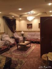 شقة فاخرة جدا ومؤثثه بحي الزهرة للايجار