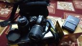 للبيع كاميرا نيكون D3200 مع عدستين