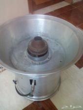 آلة صنع حلاوة قطن (غزل البنات) بحالة ممتازة لم تستخدم