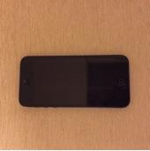 للبيع ايفون 5 أسود مع كامل أغراضه